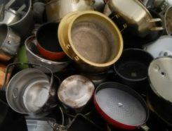 金属類とは・・・④キッチン用品